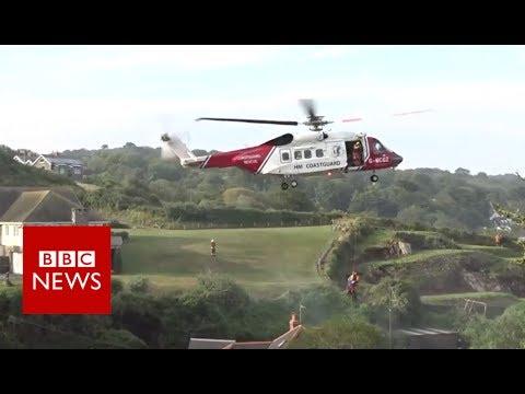 Storms and flash flooding hit Cornish village - BBC News