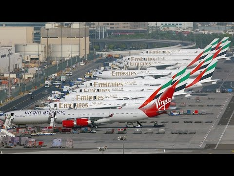 Top 10 Busiest Airports In The World || Pastimers