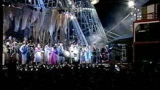 上々颱風祭り93での演奏、江東区潮見にあったウッディランドにて 曲は...