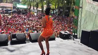 La insuperable cantando en el carnaval de la vega