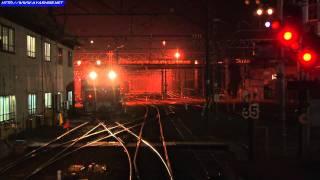 下りカシオペアが青森駅に停車、方向転換すると共に 牽引機が海峡線用の...