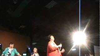 Falguni Pathak at Raritan Center, New Jersey 2010 Sanedo