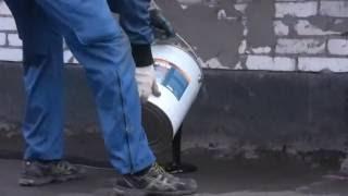 видео как устранить течь на крыше возле