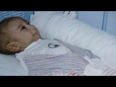 Медсестра НЕ поверила Своим Глазам, Когда Посмотрела на Этого Малыша