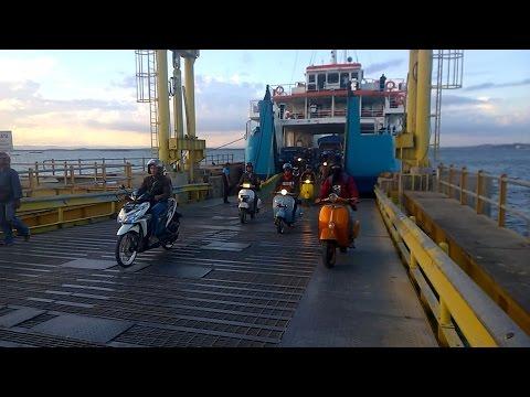 Tour Vespa Antar Kapal Bersama Artis Balikpapan Ipoel Lion