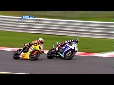 British Superbike 2011 Last Lap - Tommy Hill vs. John Hopkins (+ Post Race Interview)