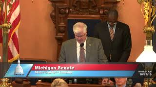 Sen. Shirkey delivers the invocation at the Michigan Senate