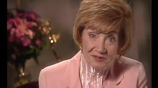 Repeat youtube video Estelle Getty 2000 Intimate Portrait (HD)