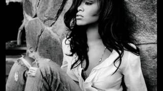 Rihanna - Photographs - Music Video