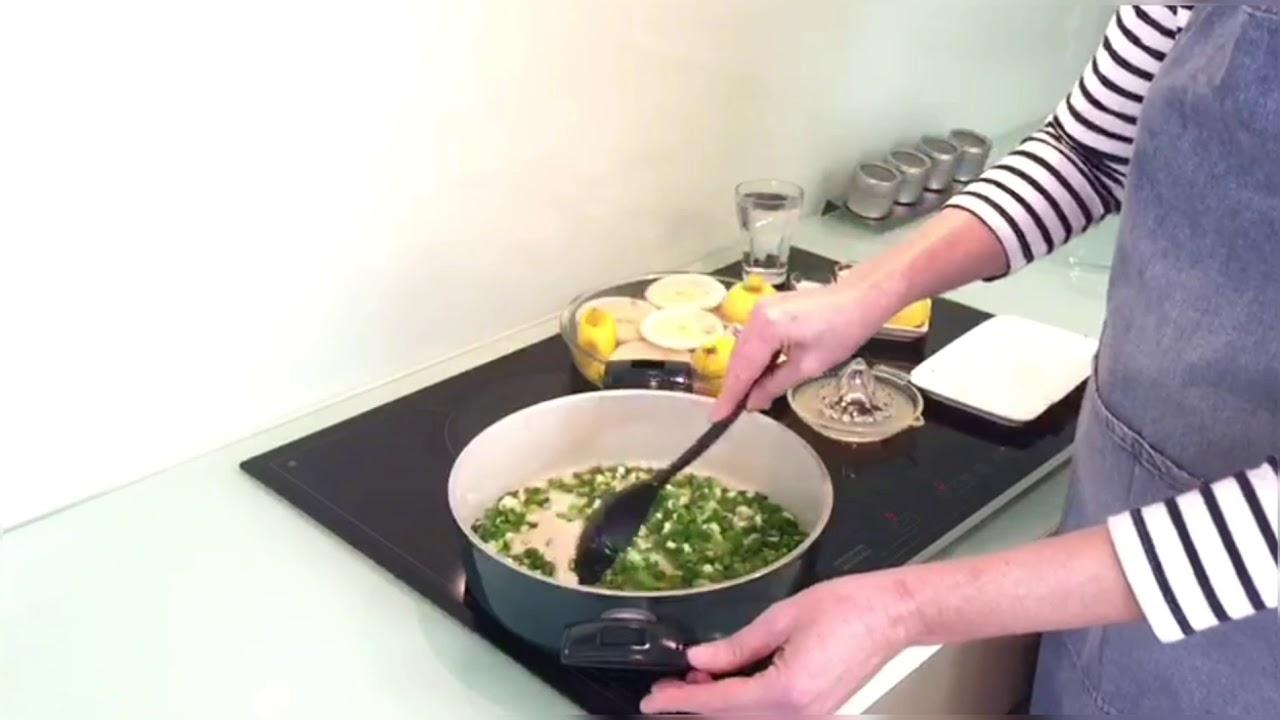 Артишоки тушёные в оливковом масле с лимоном. Турецкое блюдо. Средиземноморская кухня.