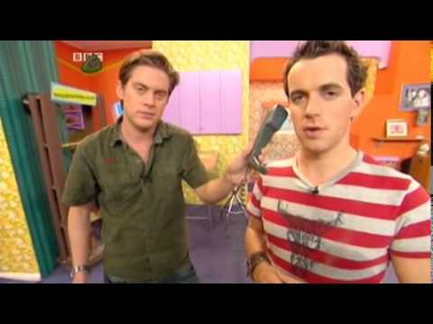 Dick and dom in the bungalo see everytime