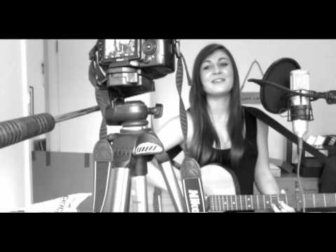 Nicki Minaj - Super Bass (Acoustic cover)