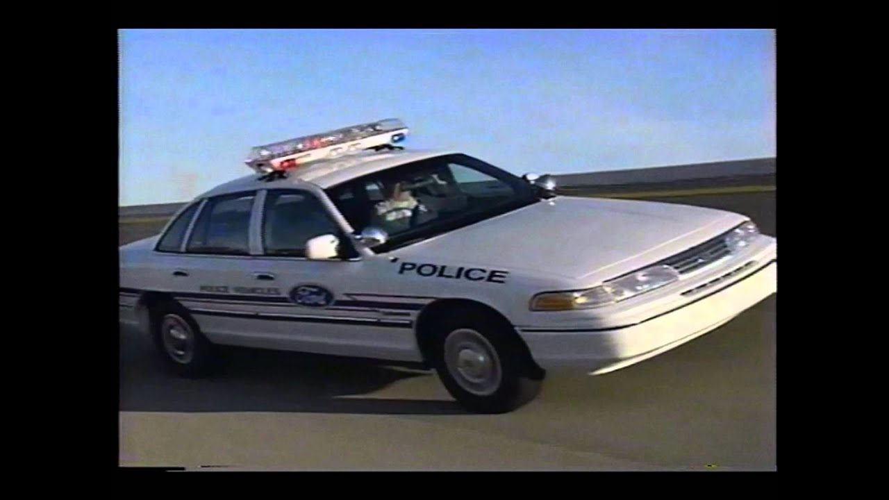 1993 Police Cars - Ford Taurus Crown Vic and Mustang : cop car ford taurus - markmcfarlin.com