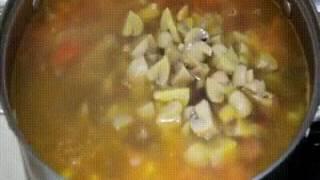 Охотничий Суп с Охотничьими Колбасками и Грибами