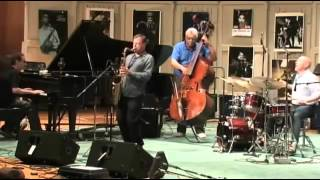 chris potter plays the f out of recorda me