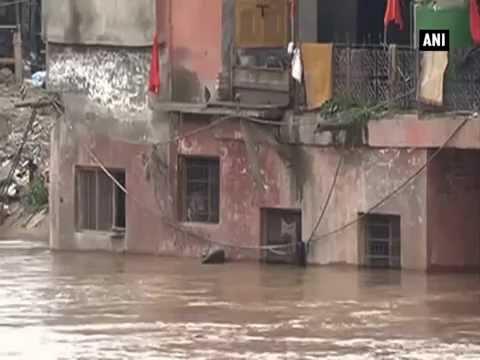 Weather office in Kashmir warns of heavy rainfall