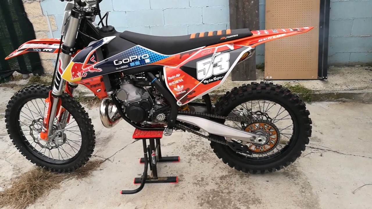 ktm sx 250 2017 exhaust fmf gnarly powercore 2 walk around youtube. Black Bedroom Furniture Sets. Home Design Ideas