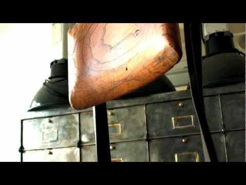 mobilier industriel les nouveaux brocanteurs 05 12 youtube. Black Bedroom Furniture Sets. Home Design Ideas