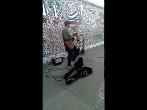 Sunday Morning Maroon 5 acoustic cover busking Berlin East Side Gallery