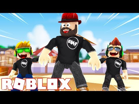 BLOX4FUN IS A HAPPY FAMILY in ROBLOX
