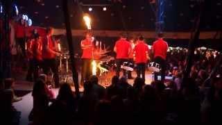 БАРАБАНЩИКИ ЗАЖИГАЮТ(Юные базельские барабанщики выступают с фаер шоу на празднике День Швейцарии 1 августа 2015 года. Young Basel's..., 2015-08-02T07:22:53.000Z)
