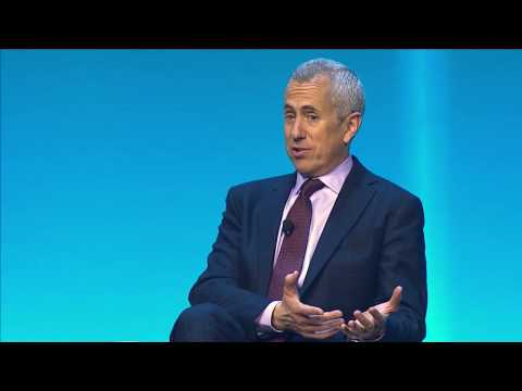 Setting the Table with Danny Meyer – How Focusing on Hospitality Creates Deep Customer Connections