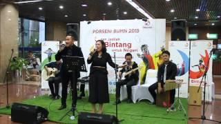 Medley Lagu Dia & Prahara Cinta - Reza Artamevia - Cover - Penutupan Porseni BUMN 2015