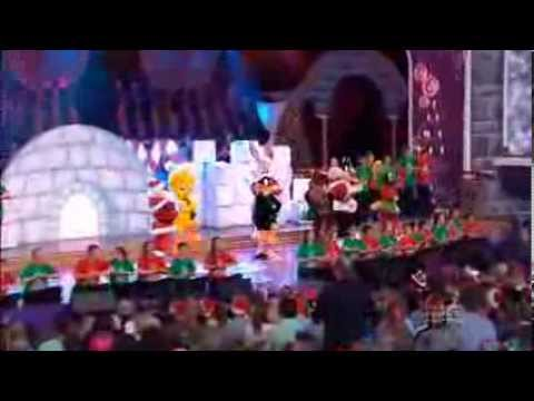 Looney Tunes featuring Santa Claus, Lauren & Andrew - Carols by Candlelight 2013