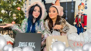 What We Got for Christmas 2019! Niki and Gabi