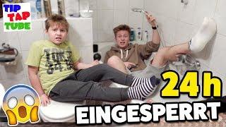 24 Stunden EINGESPERRT im BAD 😱 Was da passiert ist ... TipTapTube 😁 Familienkanal 👨👩👦👦