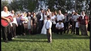 Братья Роми поют на свадьбе, 14 августа 2011