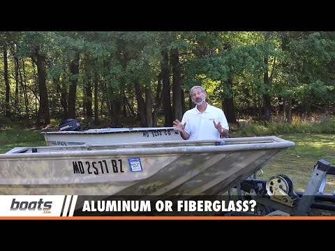 Boating Tips: Which is Best for You, Aluminum or Fiberglass?