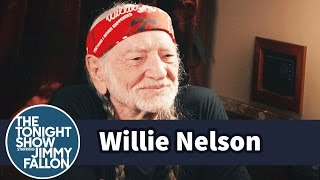 jimmy visits willie nelsons tour bus