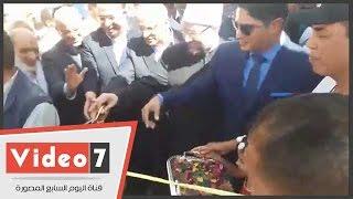 بالفيديو.. أبو هشيمة يفتتح قرية عزبة النصارى بعد إعادة إعمارها بحضور وزراء
