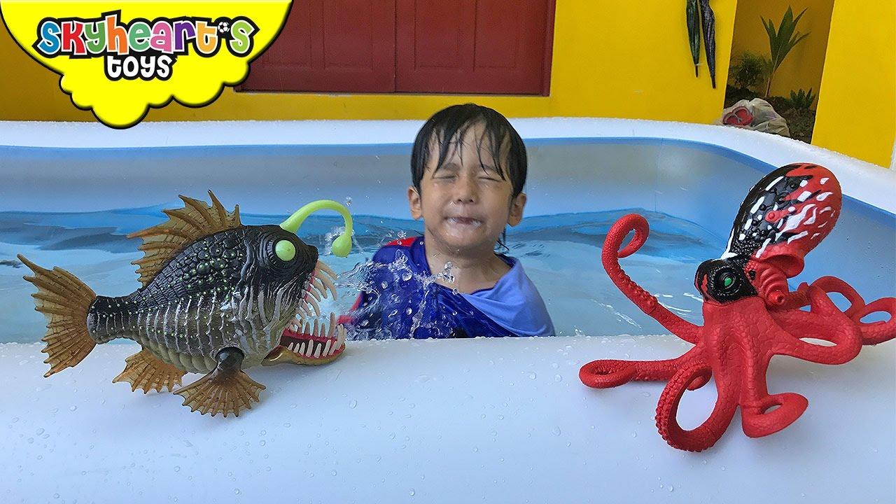 Giant Octopus And Angler Fish In Swimming Pool Animal