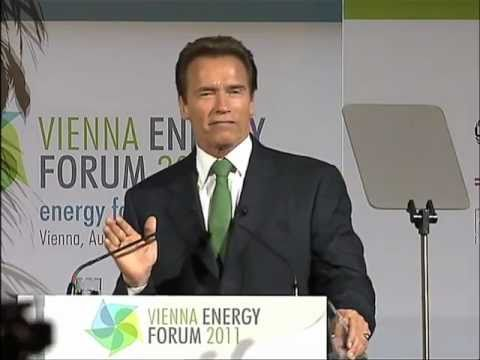 Arnold Schwarzenegger speaks at the Vienna Energy Forum 2011