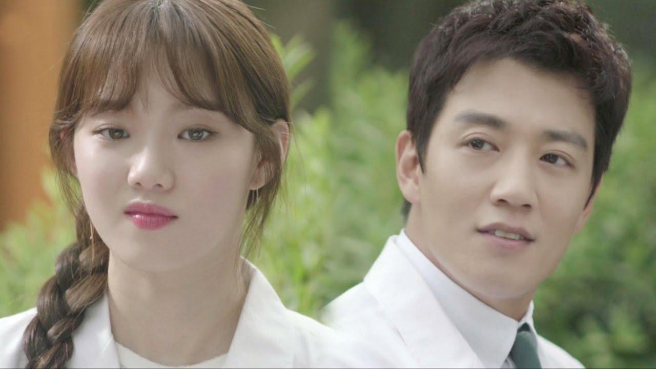 Kim Rae Won clarifies Lee Sung Kyung