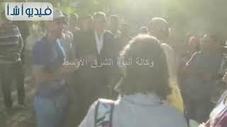 بالفيديو: محافظ المنيا يلتقي وفد سياحي خلال تفقده منطقة آثار بني حسن