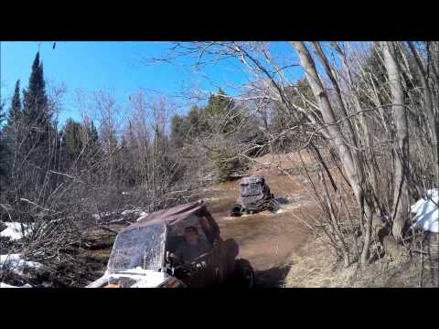Highlifter edition, lifted xp1k, Rzr 900 xp and more crossing fast flowing river streaming vf
