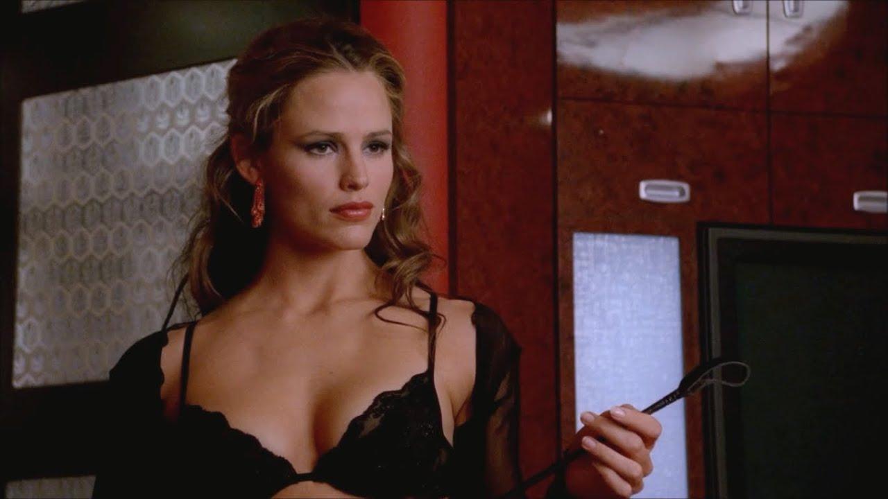 Jennifer Garner Is All Business In Sleeveless Coat Dress In Nyc