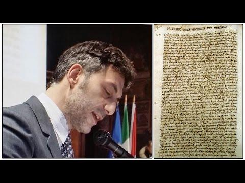 Filippo Timi legge il manoscritto dell'Augusta 'Principio Academia Dissegno'