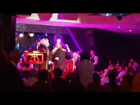 اجرای مشترک آهنگ گل سنگم   امل ساین و آوابهرام  Ava Bahram And Emele Sayin  Live In Concert