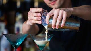 ТОП 10 самых популярных коктейлей в мире: Дайкири Мохито Маргарита Кровавая Мери Куба Либре и др.