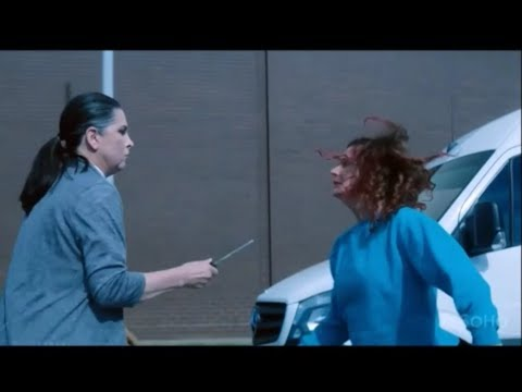 Wentworth 11 Reasons Why Bea Smith Was The Baddest Bi***