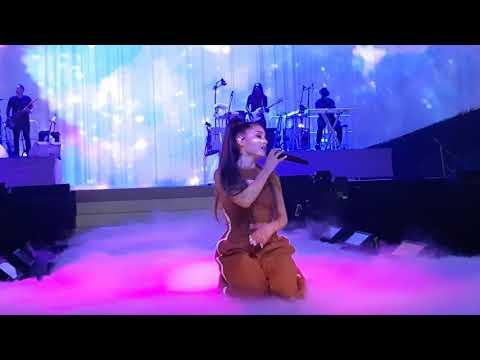 Moonlight - Ariana Grande Live