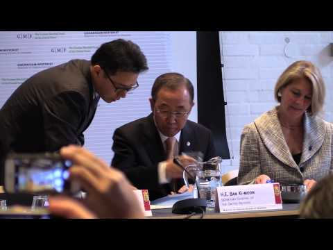 Secretary General Ban Ki-moon visits Energy Security Conference