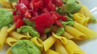 Vitalia healthy food - Безглутенски макарони со зелен песто сос