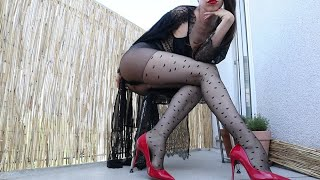 Collant Coeurs Hardis by Tomato Juice Kween (Shoe play in red heels & heart patterned nylons)
