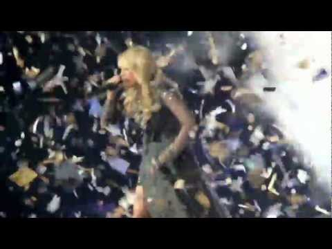 """Blown Away"" - Carrie Underwood (Hamilton, ON)"