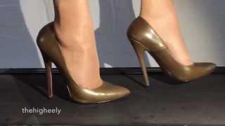 7 inch High-Heels in slow motion - Part II